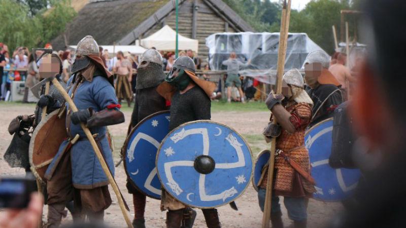 Как неонацисты в Польше превратились в викингов